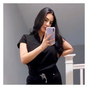 FIGS Rafaela Black Mandarin Collar Scrub Top